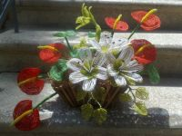 ბისერებით გაცოცხლებული ყვავილები...