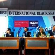 ტურიზმის სამიტი შავი ზღვის საერთაშორისო უნივერსიტეტში